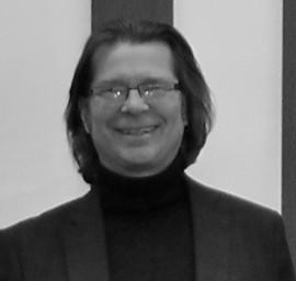 Oliver Esmonde-White